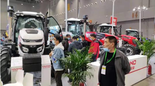 悍沃拖拉机精彩亮相2021春季全国会