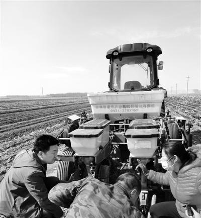 为了呵护黑土地 他们钻研免耕农机十二载